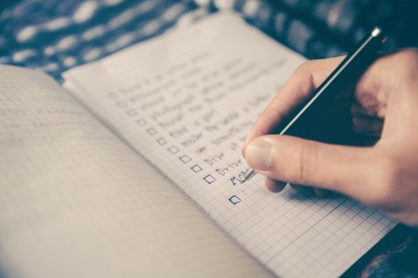 Top 5 Marketing Checklists to Gain Your First Users